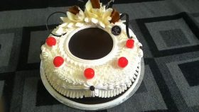 Rich and Delicious Cake