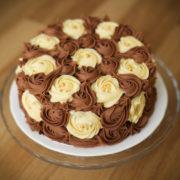 Choco cream flowered cake
